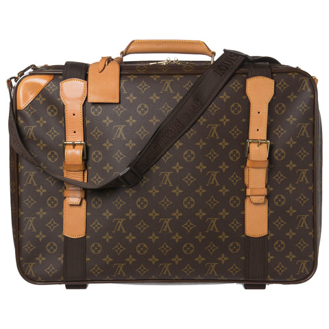SOLD - Louis Vuitton Damier Travel Bag. Lovely!