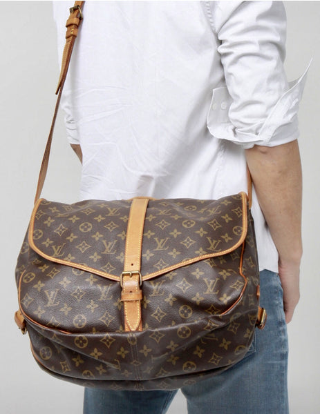 Sold - Louis Vuitton Monogram 35 Messenger Bag.  Duel Sided Crossbody!