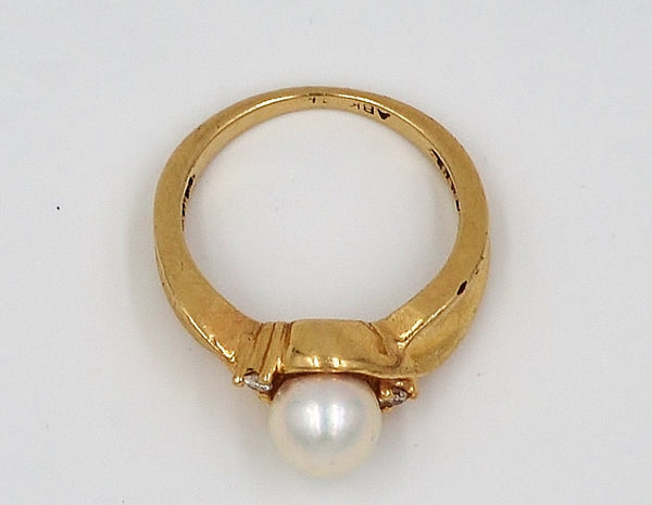 Yellow Gold Pearl & Diamond 10K Ring.  Size 5 - Coco et Louis - 2