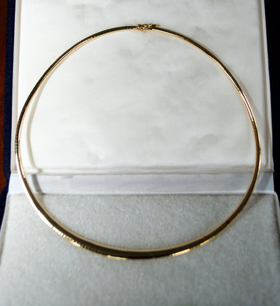"14k Yellow Gold Omega Necklace. 15.75"" Long - Coco et Louis - 2"