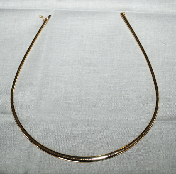 "14k Yellow Gold Omega Necklace. 15.75"" Long - Coco et Louis - 3"