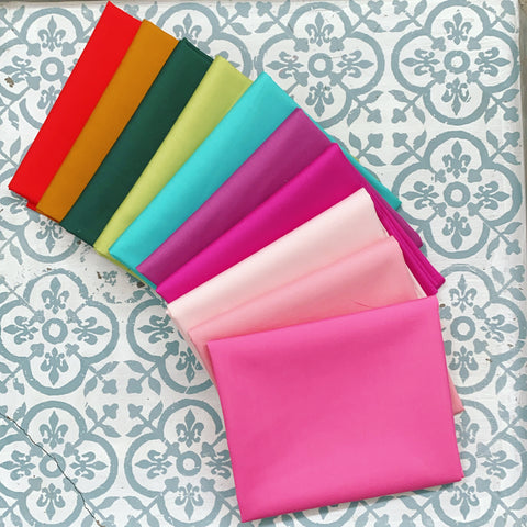 {New Arrival} Art Gallery 365 Fifth Avenue SOLIDS Fat Quarter Bundles x 10 Pieces