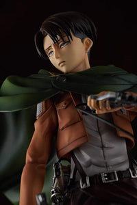 Pulchra Attack on Titan: Levi PVC Figure (1: 7 Scale)