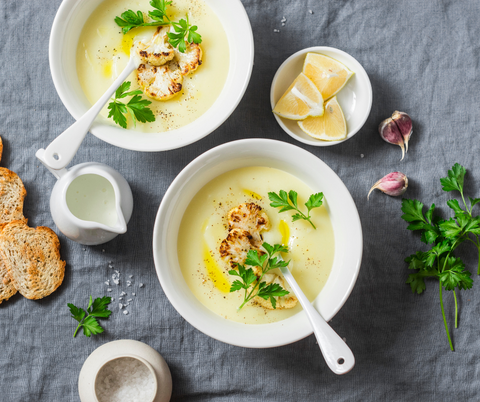 Creamy Cauliflower, Bacon & Leek Soup