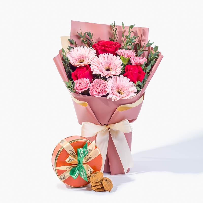 bundle_bouquet_cookies Pink Blush + Famous Amos Cookies