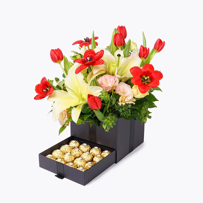 flowers_box_trinity_ferrero Trinity Box Deluxe Collection - Enchantress