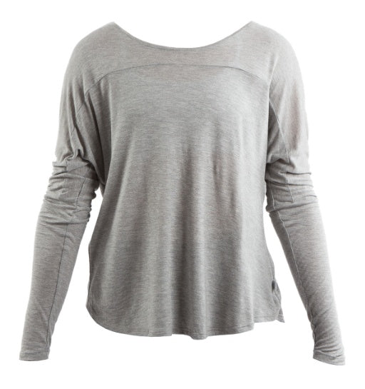 Top - AAT85 - Studio Pullover