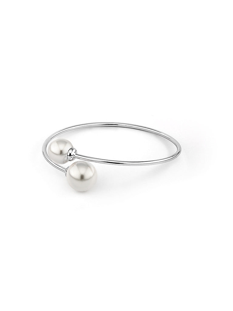 Pearl Embrace Bangle - Silver
