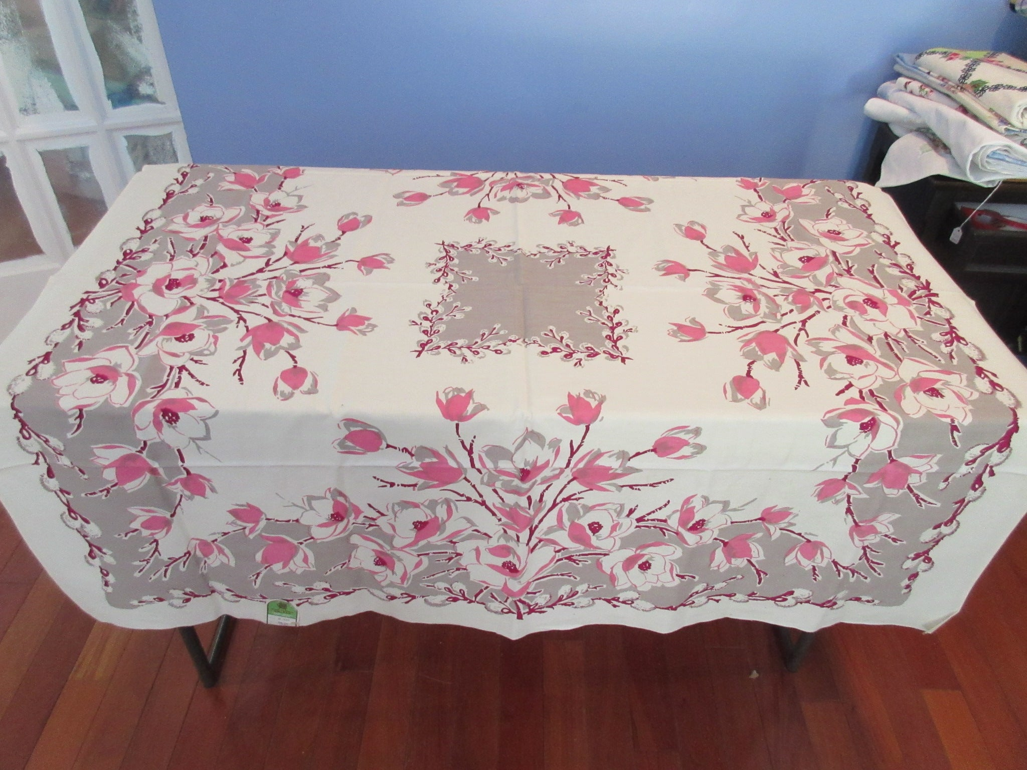 EARLY Magnolias Pussy Willows On Gray MWT Floral Vintage Printed Tablecloth  (51 X 49)