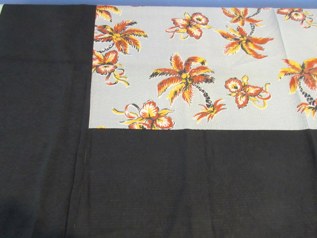 Weird Crinkly Palm Trees Orchids Tropical MWT Novelty Vintage Printed Tablecloth (50 X 50)
