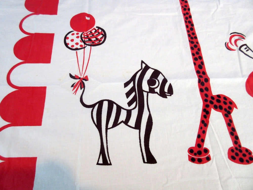Red Black Circus Animals Coverlet? Novelty Vintage Printed Tablecloth (60 X 38)