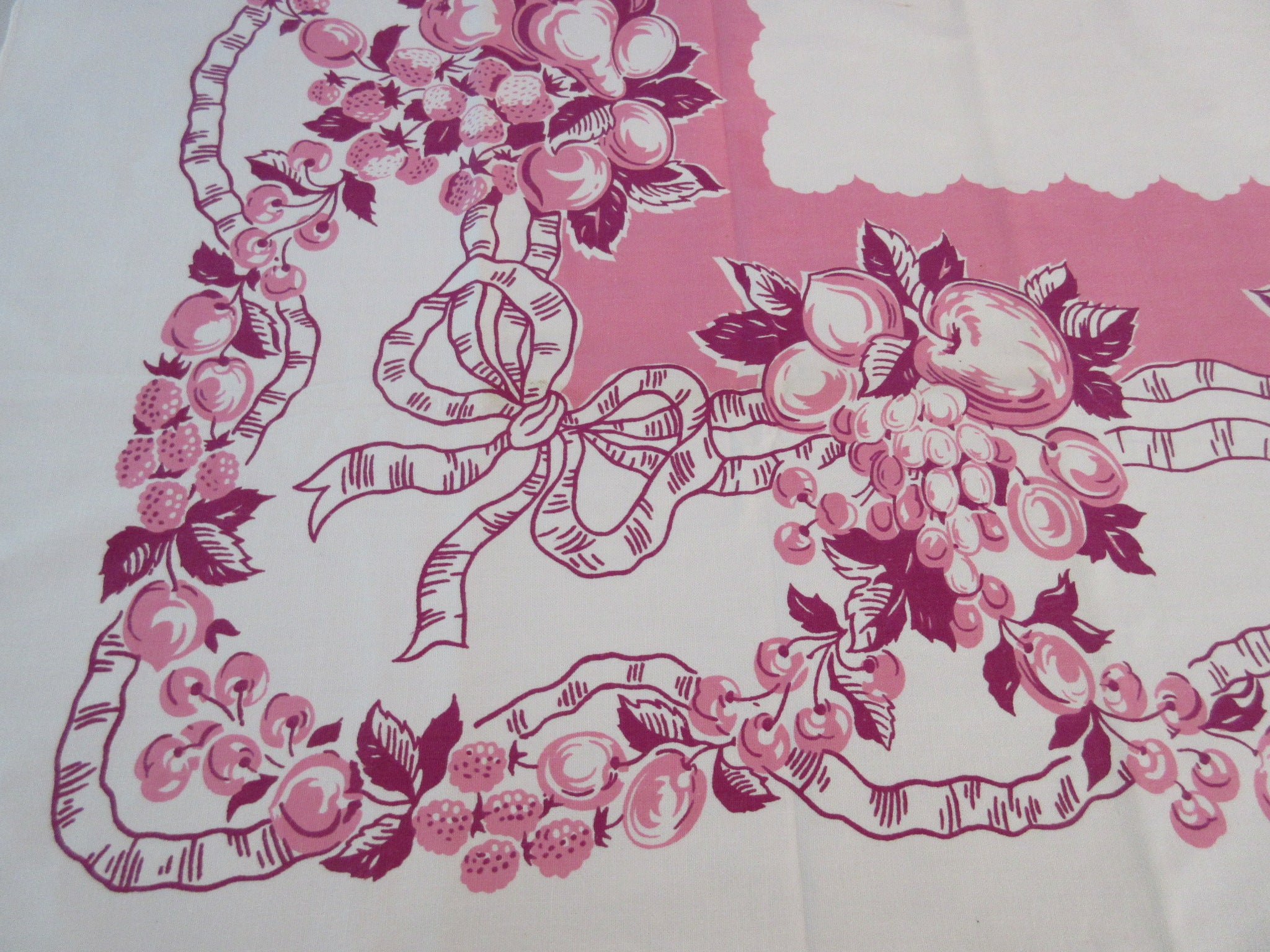Fabulous Bright Pink Magenta Fruit Salad Vintage Printed Tablecloth (64 X 49)