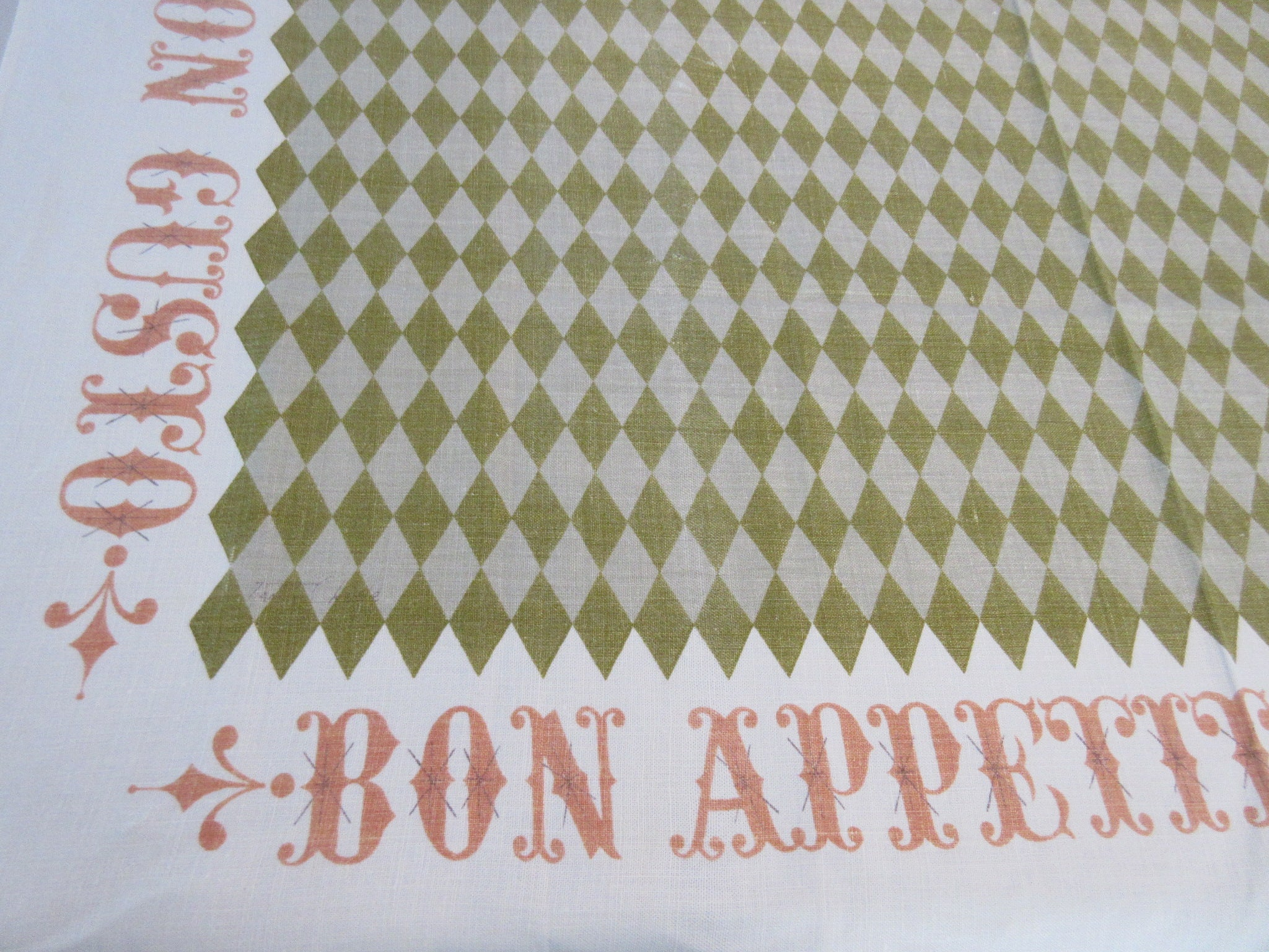 Bon Appetit Tammis Keefe Novelty Cutter? Vintage Printed Tablecloth (51 X 49)