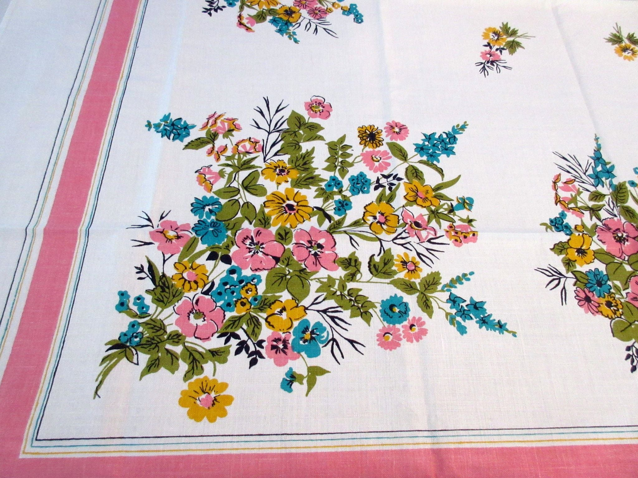 Pastel Linen Wildflowers on Pink MWT Floral Vintage Printed Tablecloth (52 X 51)