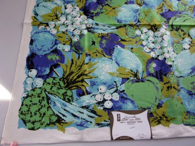 Mod Blue Aqua Fruit Leacock MWT Vintage Printed Tablecloth (71 X 52)