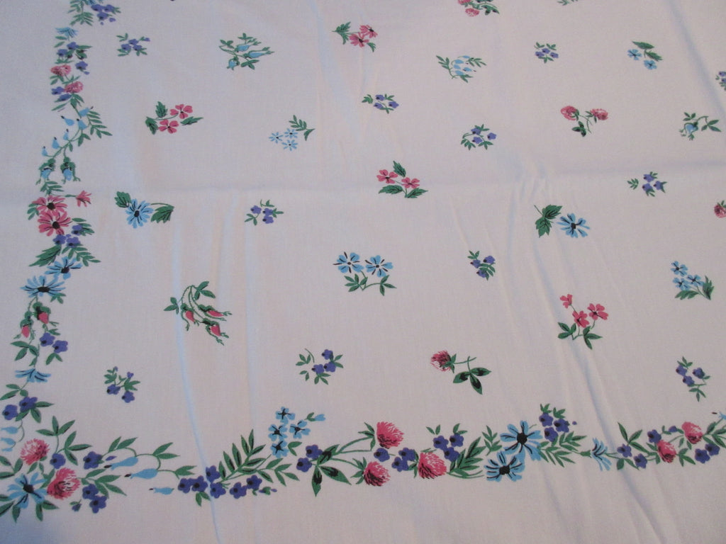 Scattered Petite Flowers Clover Roses Daisies Floral Vintage Printed Tablecloth (52 X 42)