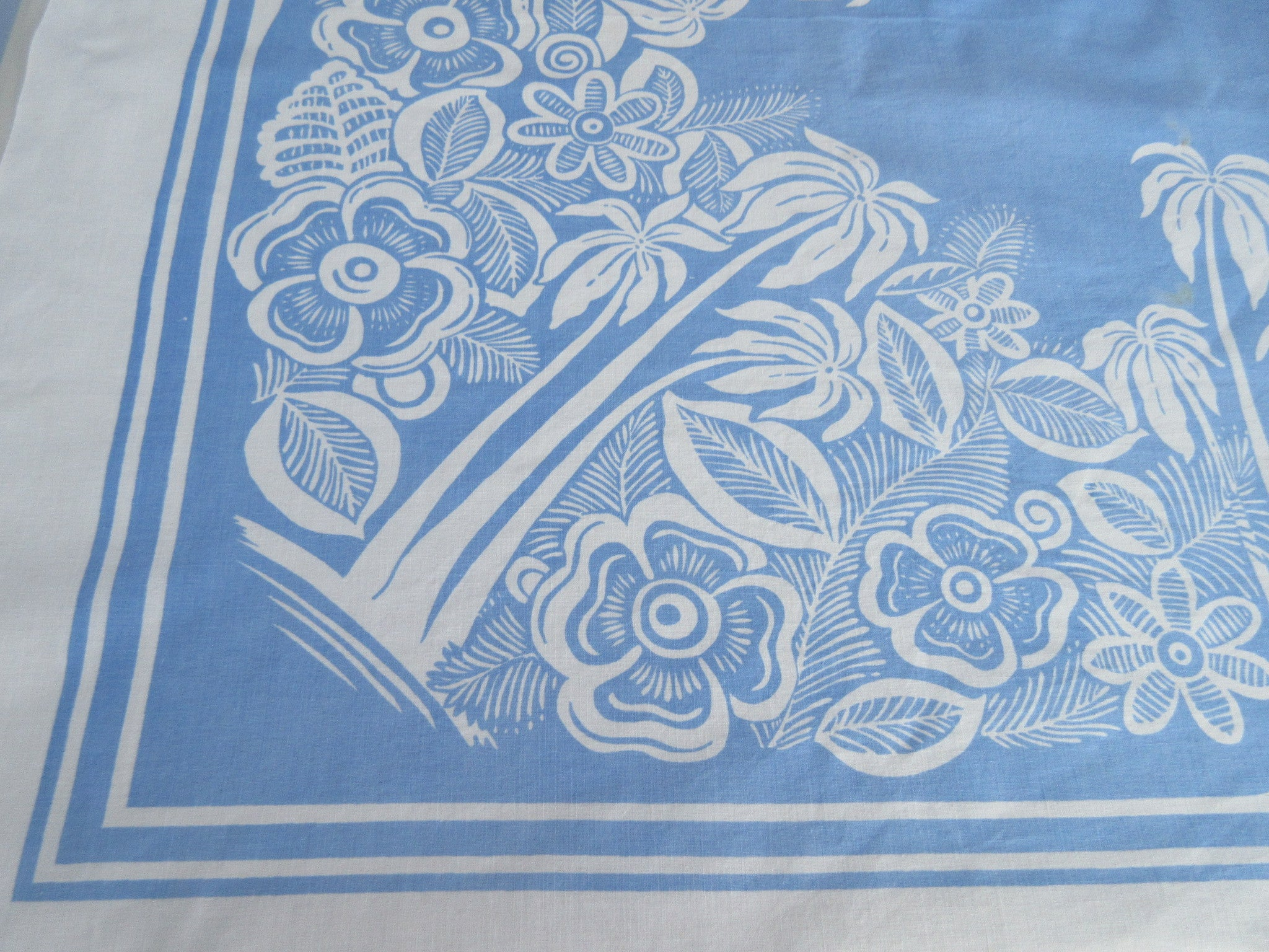 HTF Palm Trees Hibiscus Tropical Blue Novelty Vintage Printed Tablecloth (53 X 49)