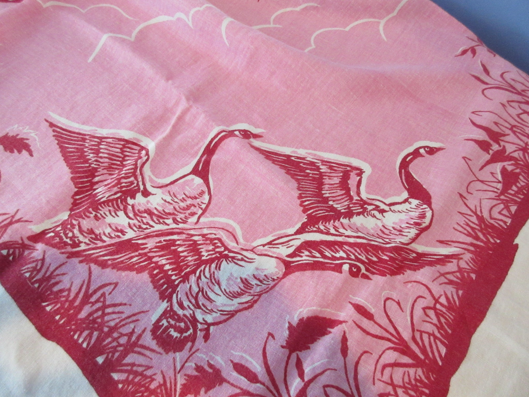 HTF Fall Canada Geese Early TLC Linen Novelty Vintage Printed Tablecloth (52 X 50)