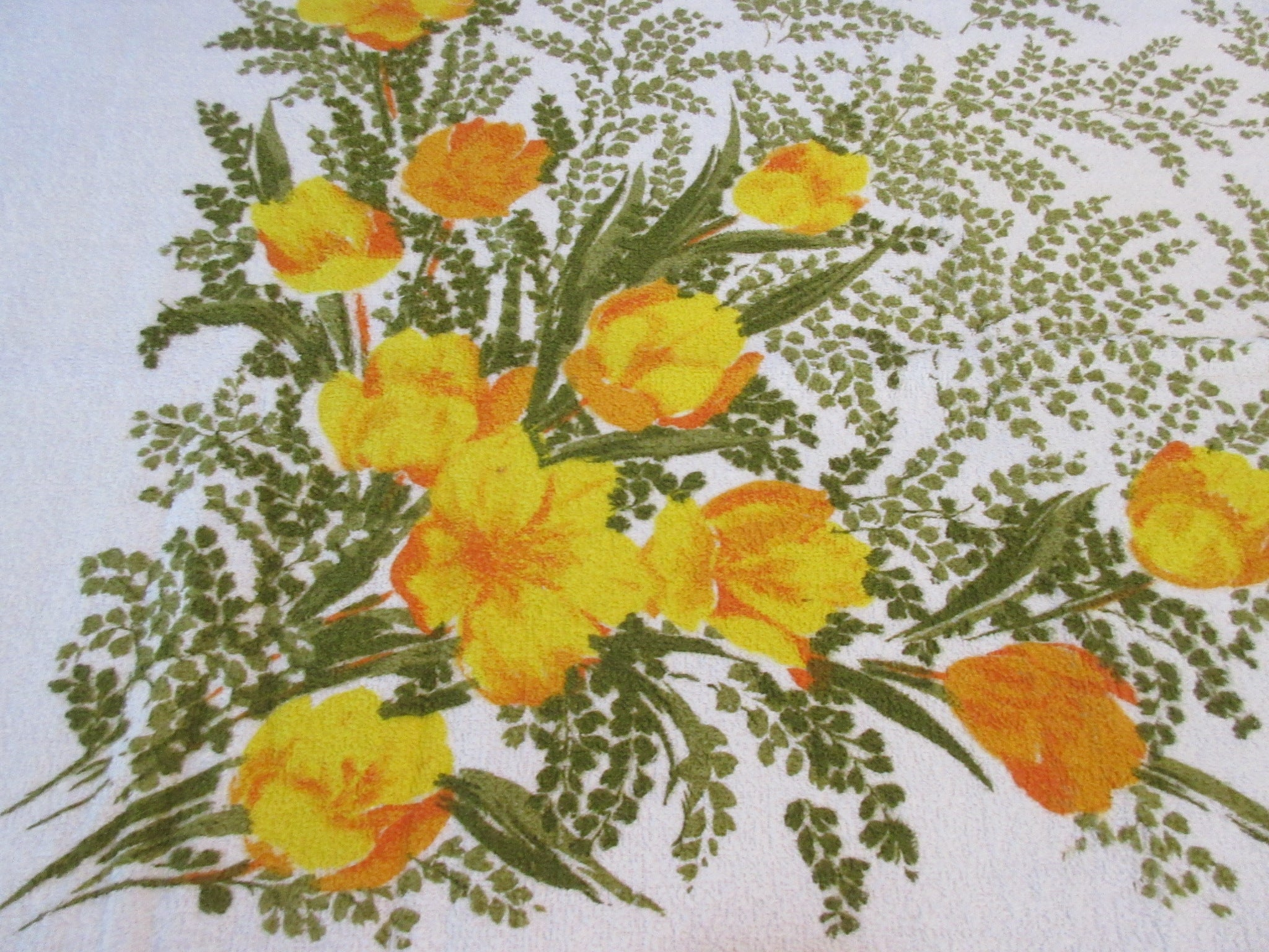CHP TERRY Yellow Olive Tulips Large MWT Floral Vintage Printed Tablecloth (92 X 51)
