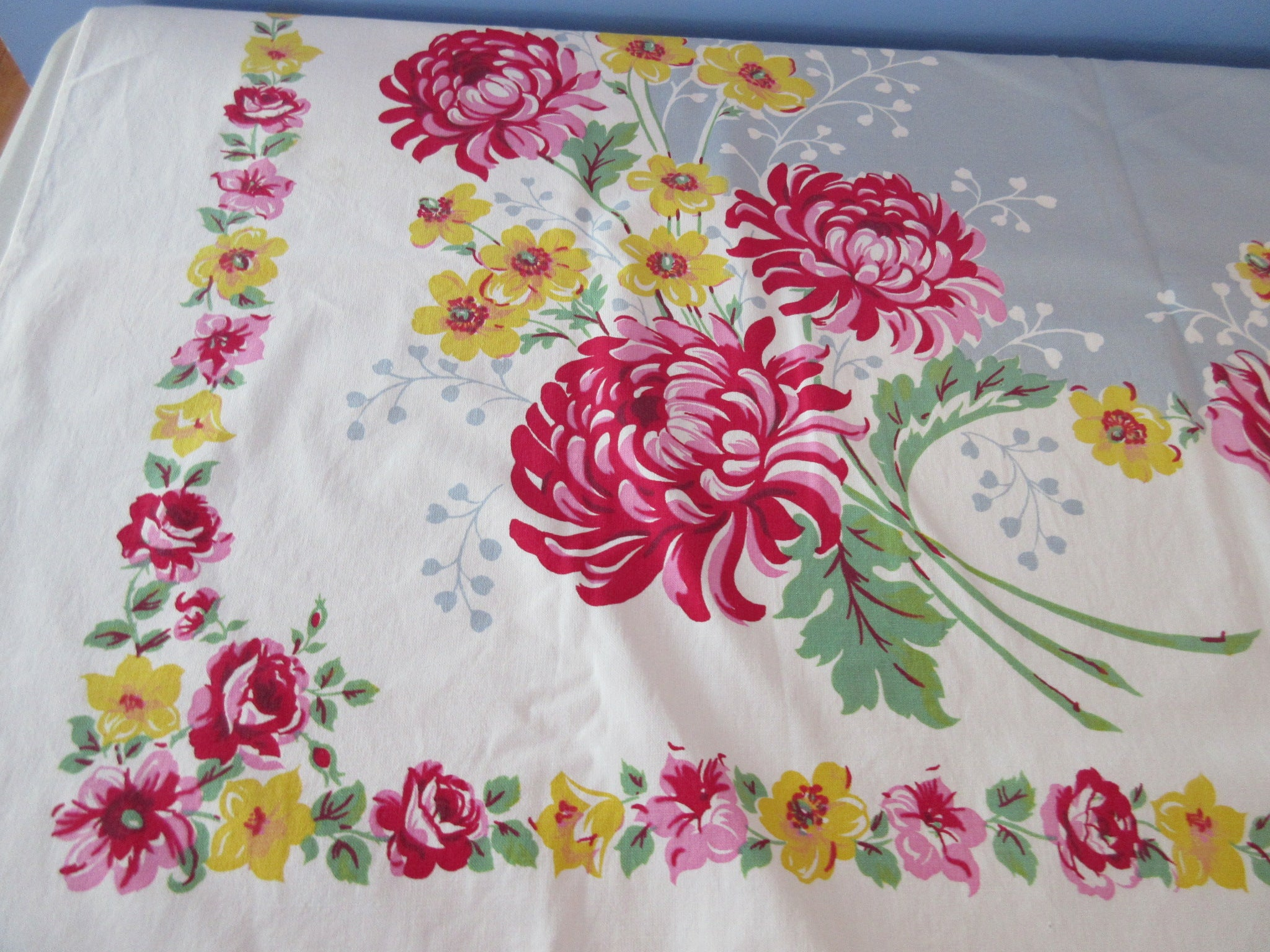 Pink Chrysanthemums Roses on Gray Floral Vintage Printed Tablecloth (52 X 50)