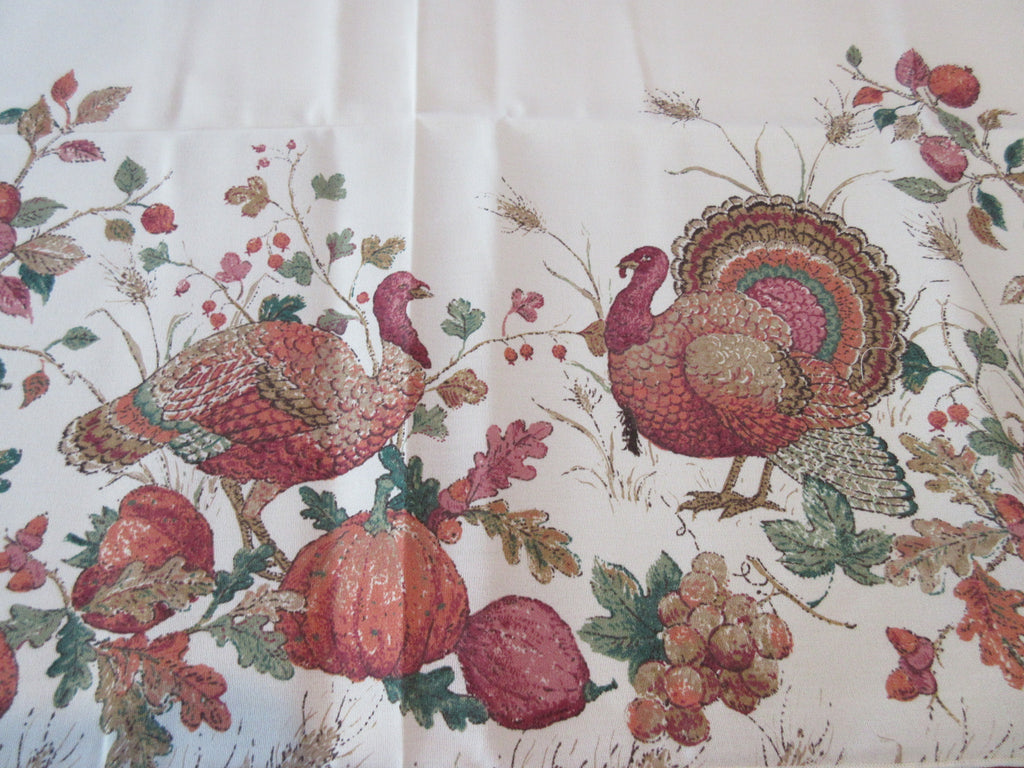 RECTANGULAR Thanksgiving Turkey on Cream NOS Novelty Vintage Printed Tablecloth (70 X 53)