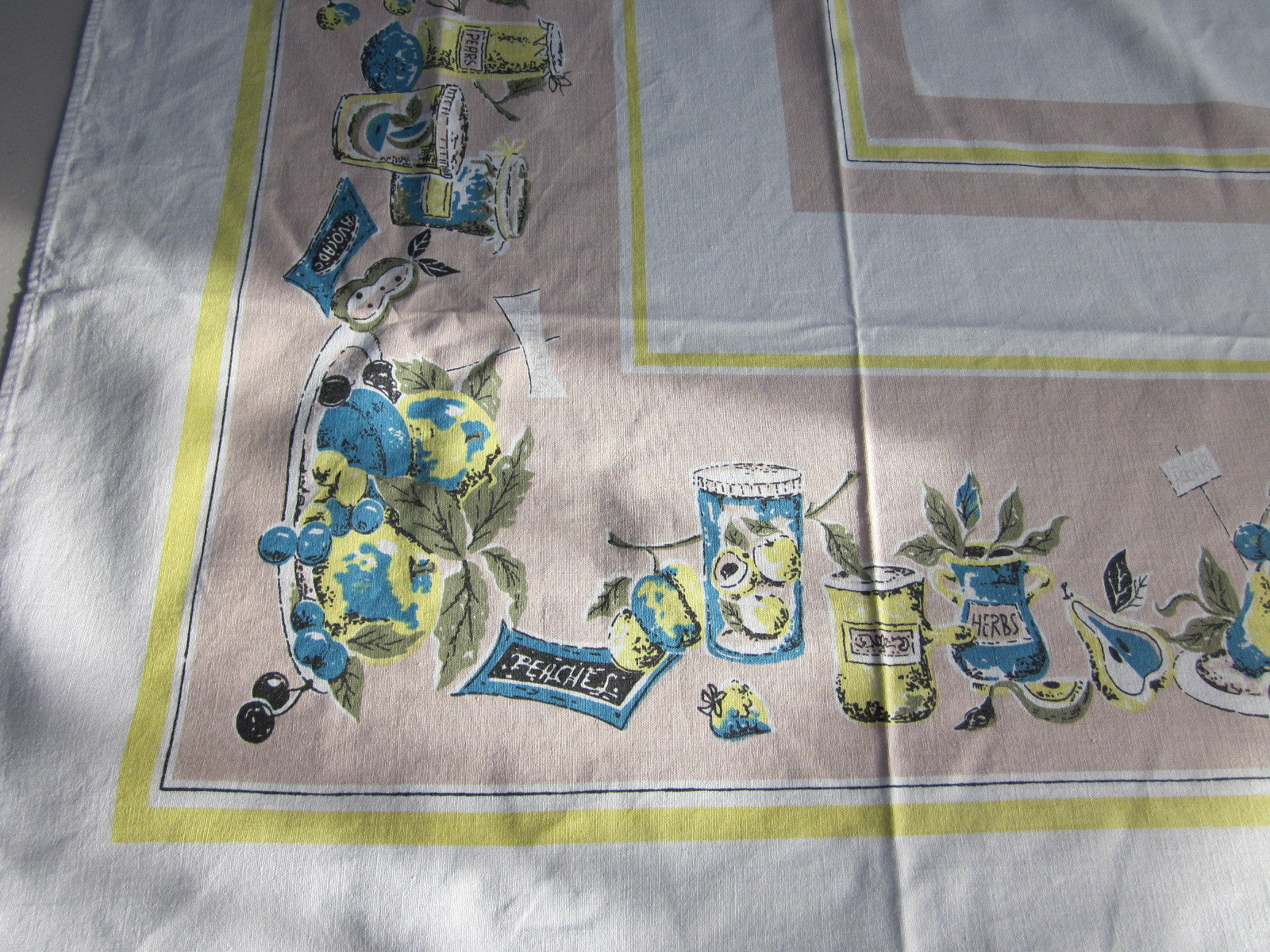 Tan 60s Fruit Preserves Novelty Vintage Printed Tablecloth (64 X 49)