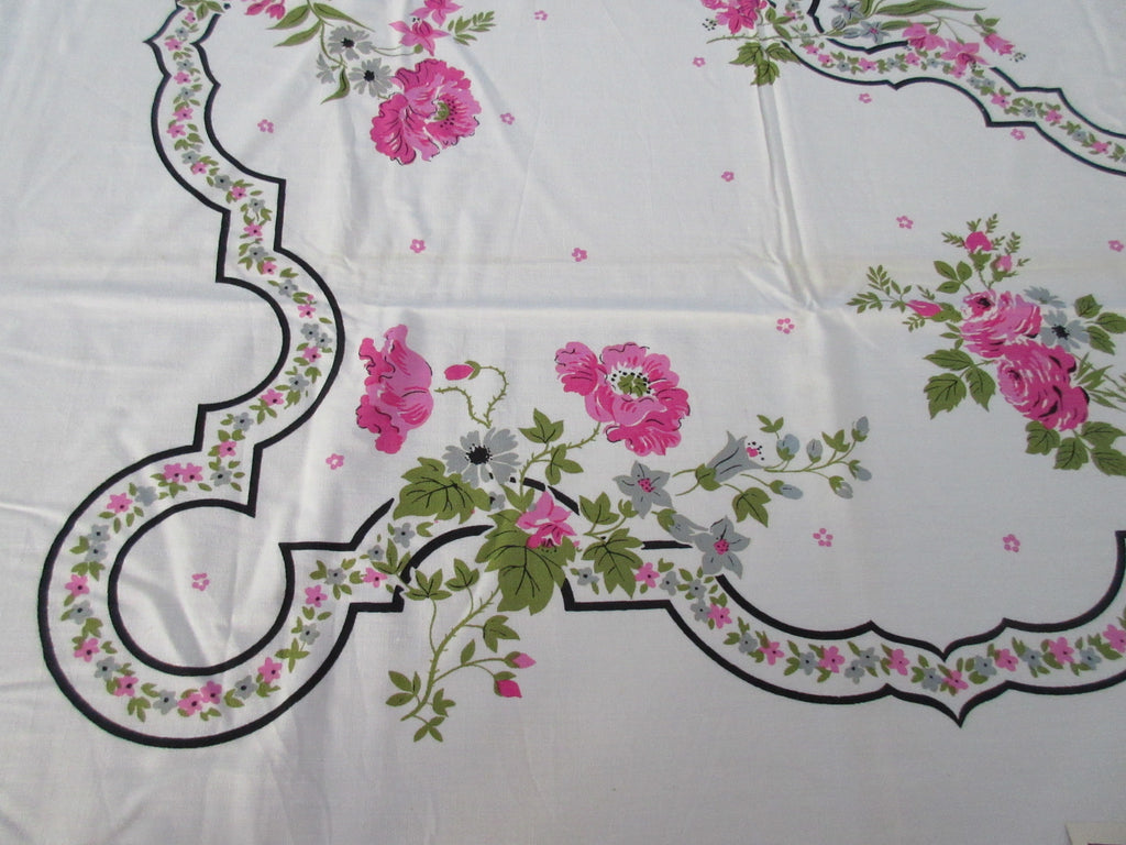 Pink Poppies Black Accents MWT Floral Vintage Printed Tablecloth (76 X 53)