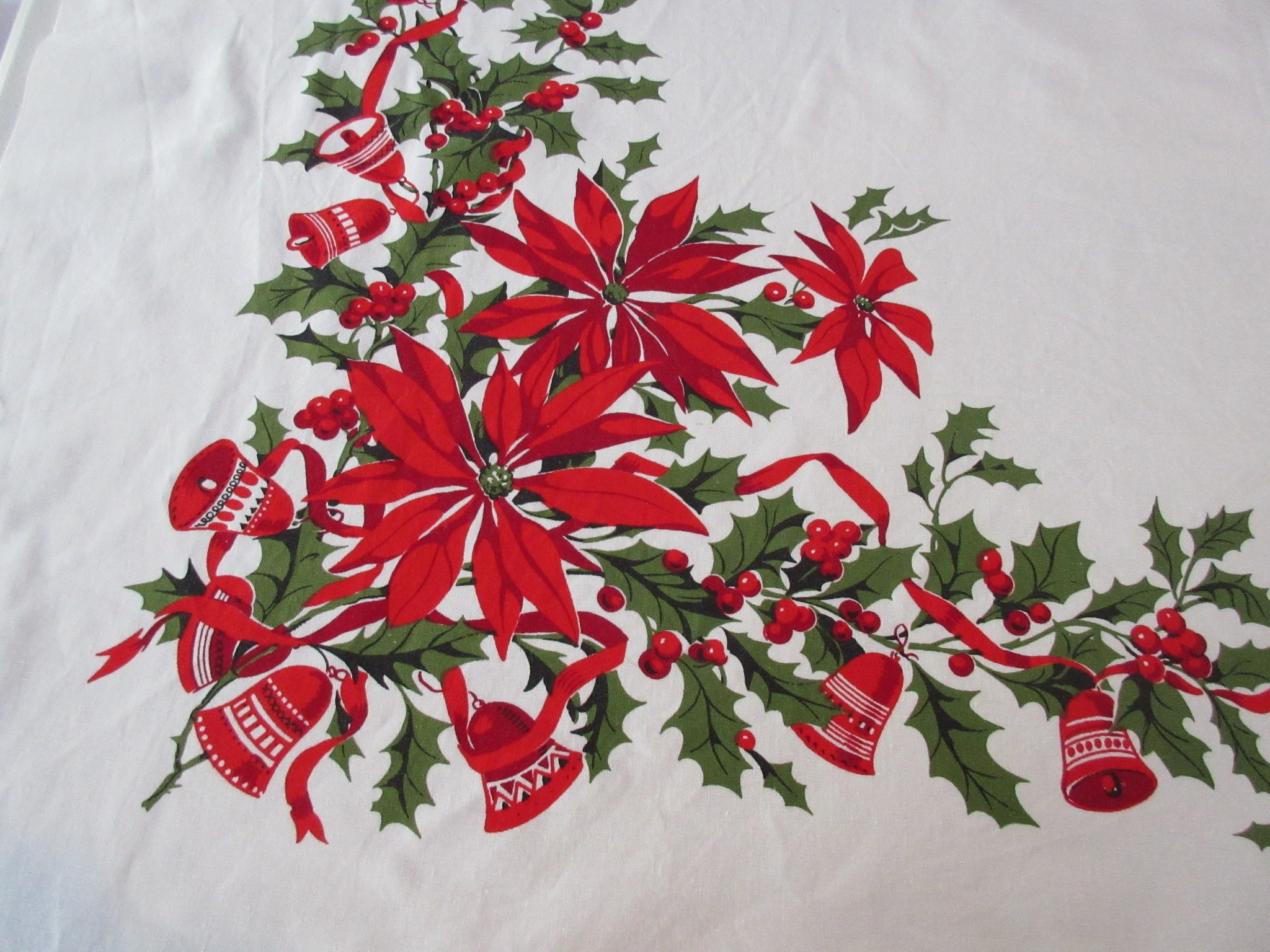 Wilendure Merry Christmas Poinsettia Bells Vintage Printed Tablecloth (53 X 50)