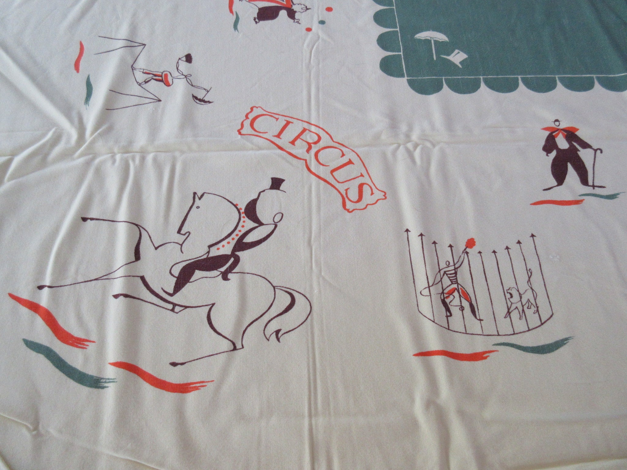 GOLD Rare CHP Circus Performers Cutter? Novelty Vintage Printed Tablecloth (51 X 45)