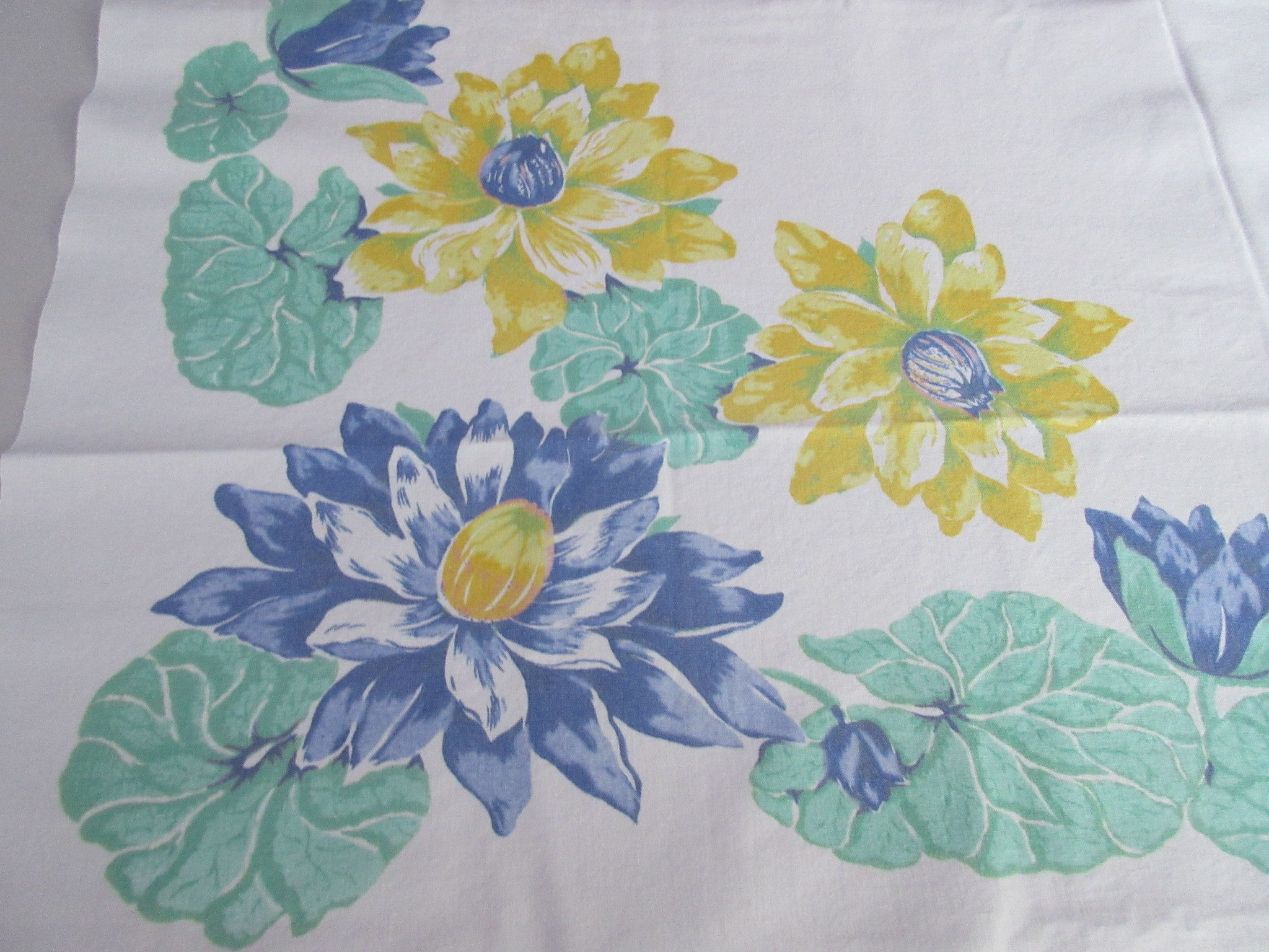 Heavy Pastel Blue Green Yellow Water Lilies Lily Pad Floral Vintage Printed Tablecloth (47 X 43)