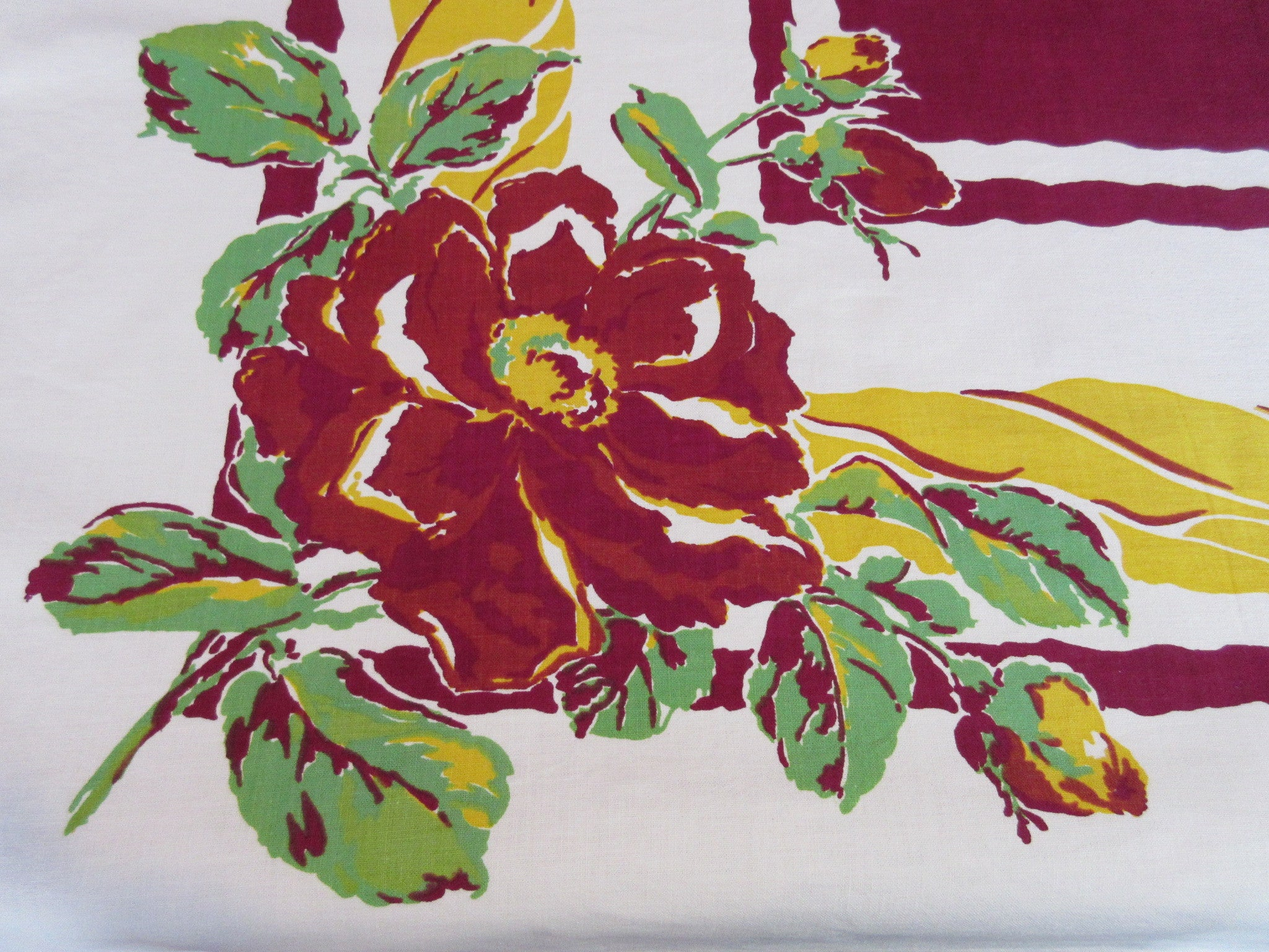 Amazing Early Magenta Green Gold Roses Floral Vintage Printed Tablecloth (52 X 50)