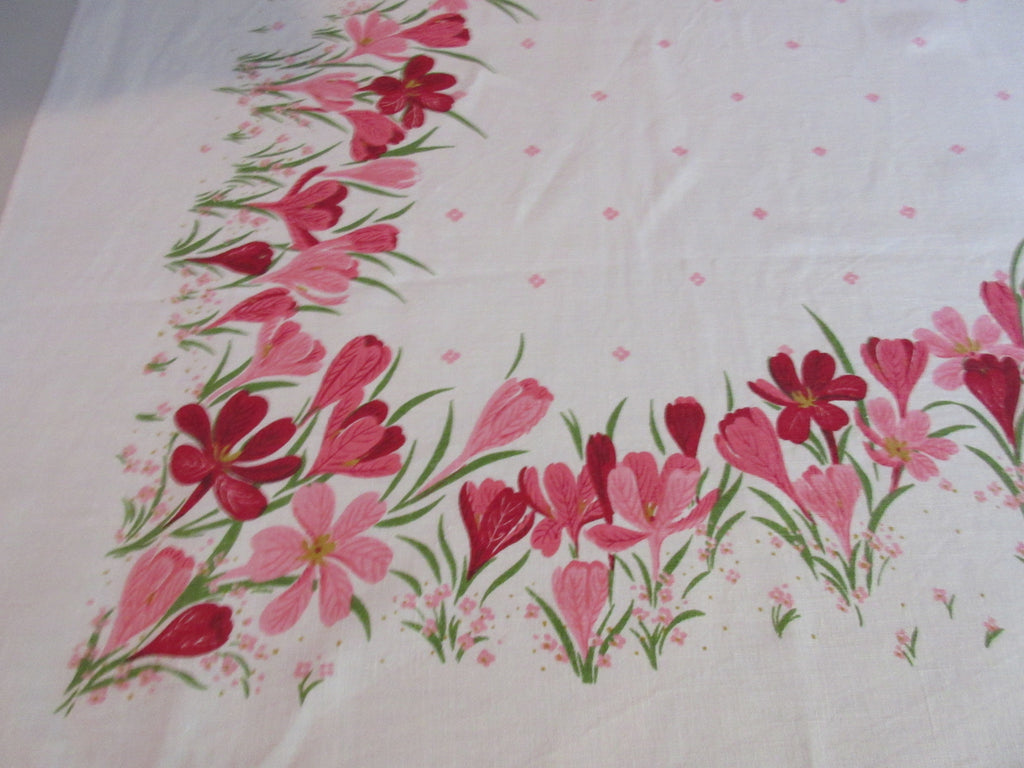 Pink Green Crocus Linen Floral Hardy Craft Vintage Printed Tablecloth (66 X 50)
