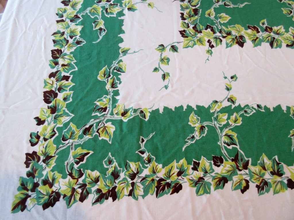 Large Heavy Ivy on Green Floral Vintage Printed Tablecloth (75 X 50)