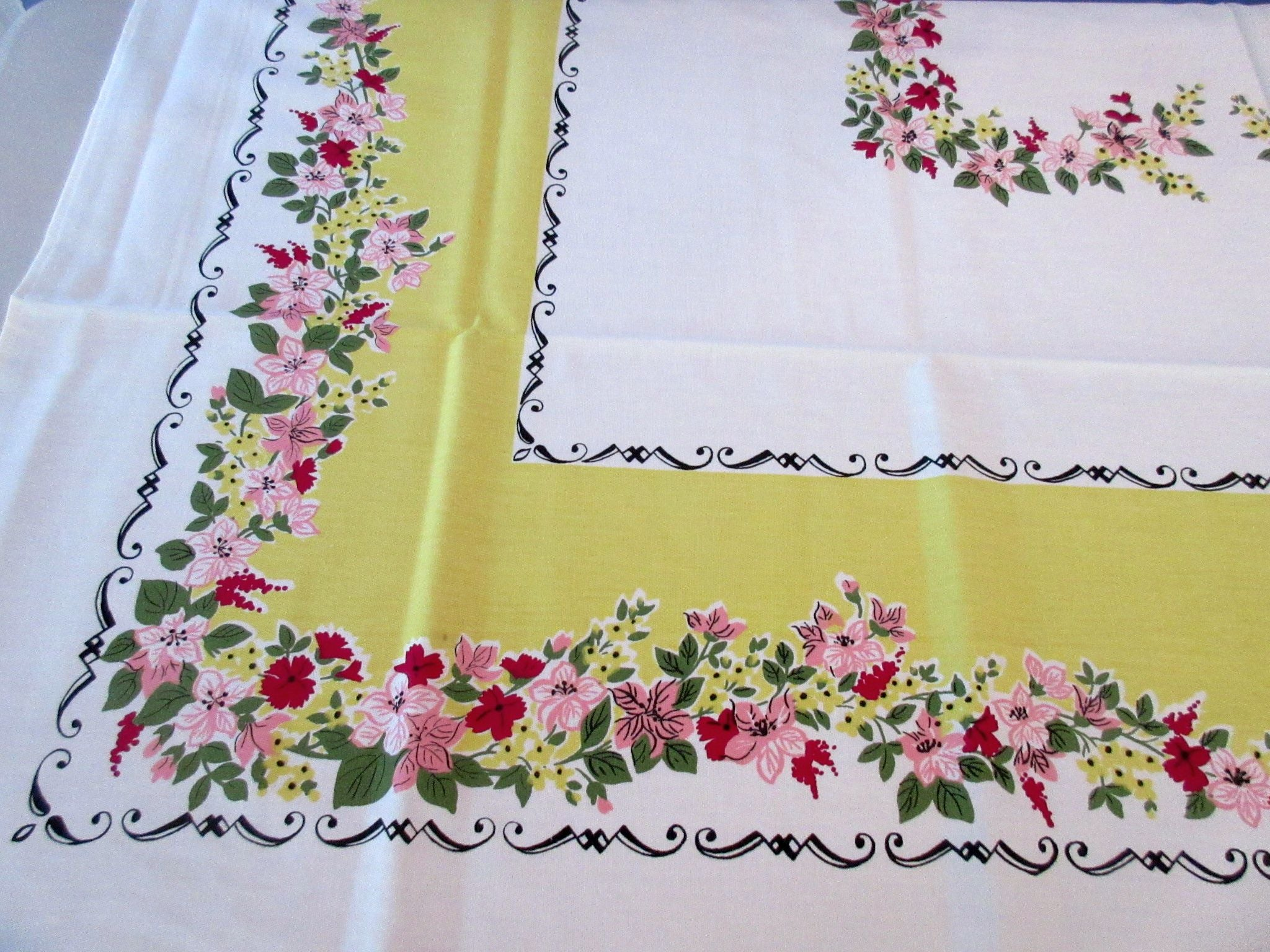 Simtex Pink Green Black on Yellow MWT Floral Vintage Printed Tablecloth