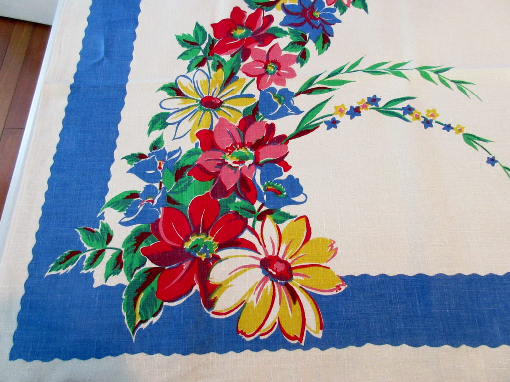 Bright Daisy Arc on Oatmeal Linen MWT Floral Vintage Printed Tablecloth (53 X 52)