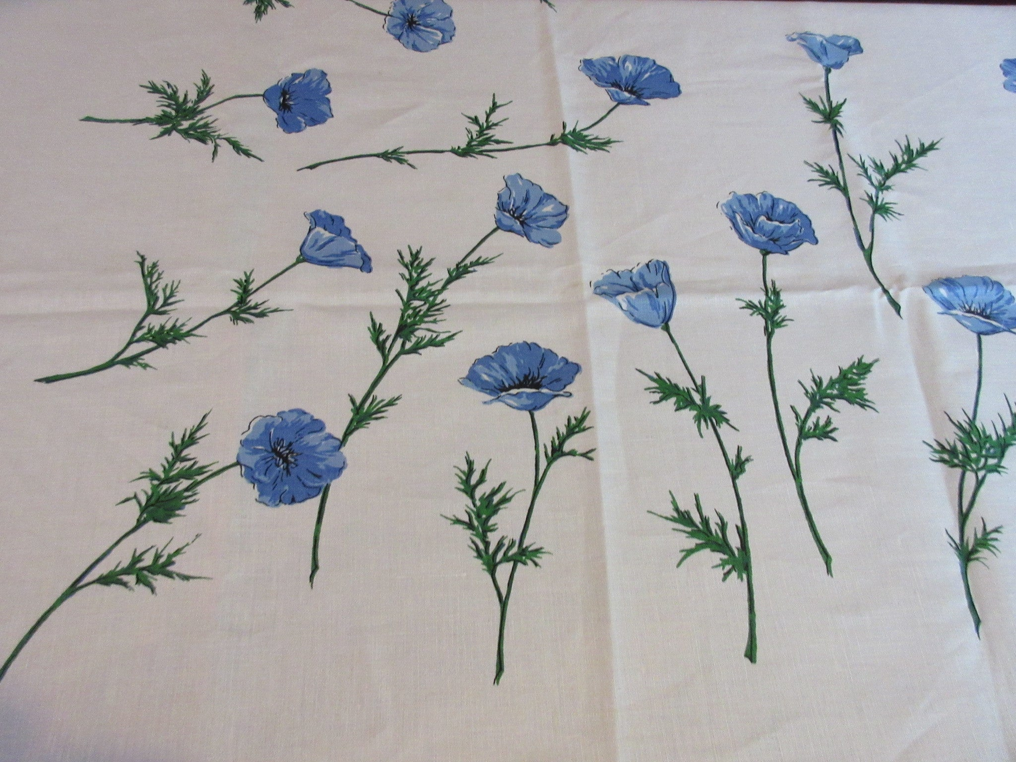 Blue Green Poppies Linen MWT Floral Vintage Printed Tablecloth (50 X 50)