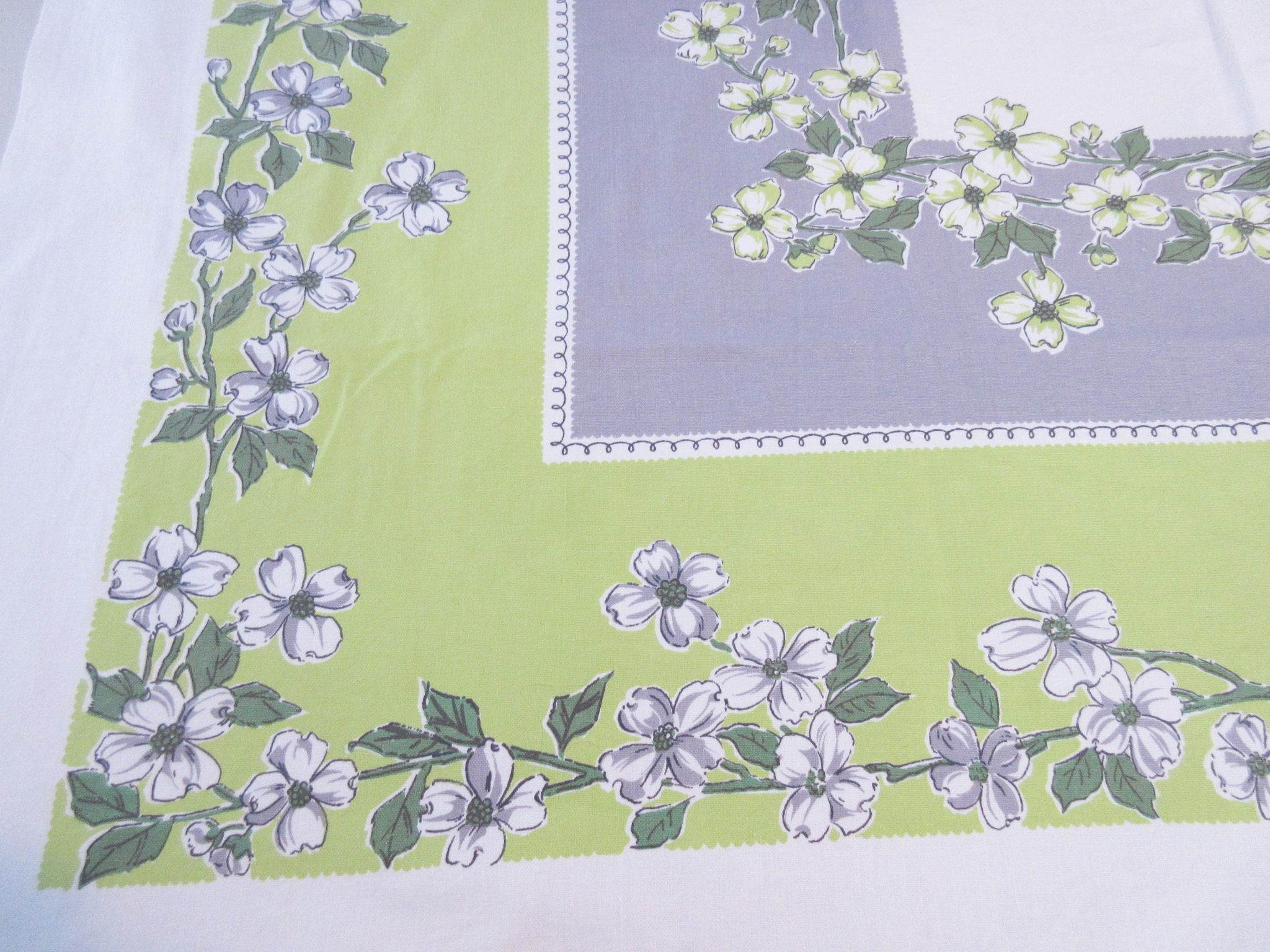 Dogwood on Lime Gray Floral Vintage Printed Tablecloth (52 X 46)