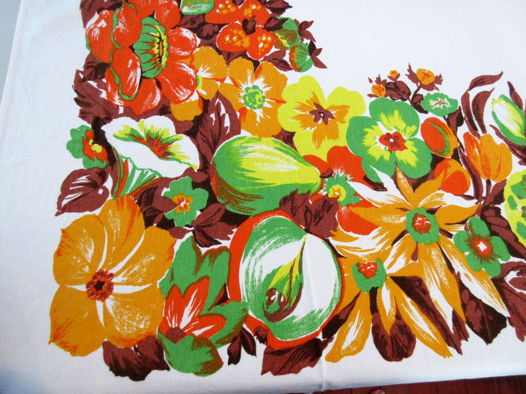 Bright Tropical Fruit Cutter? Vintage Printed Tablecloth (58 X 52)