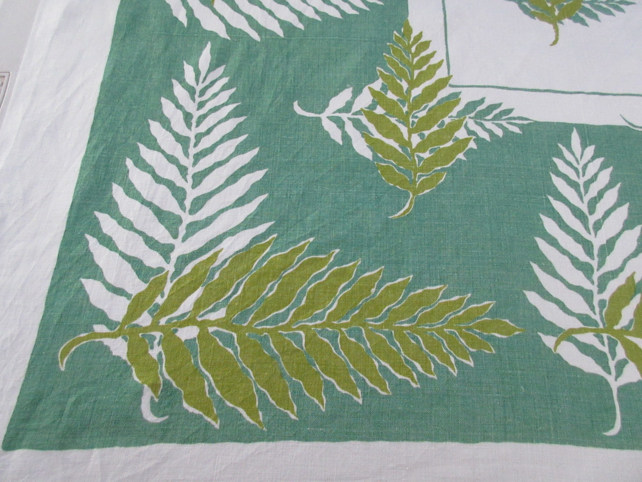 Ferns on Green Linen Novelty Vintage Printed Tablecloth (50 X 49)