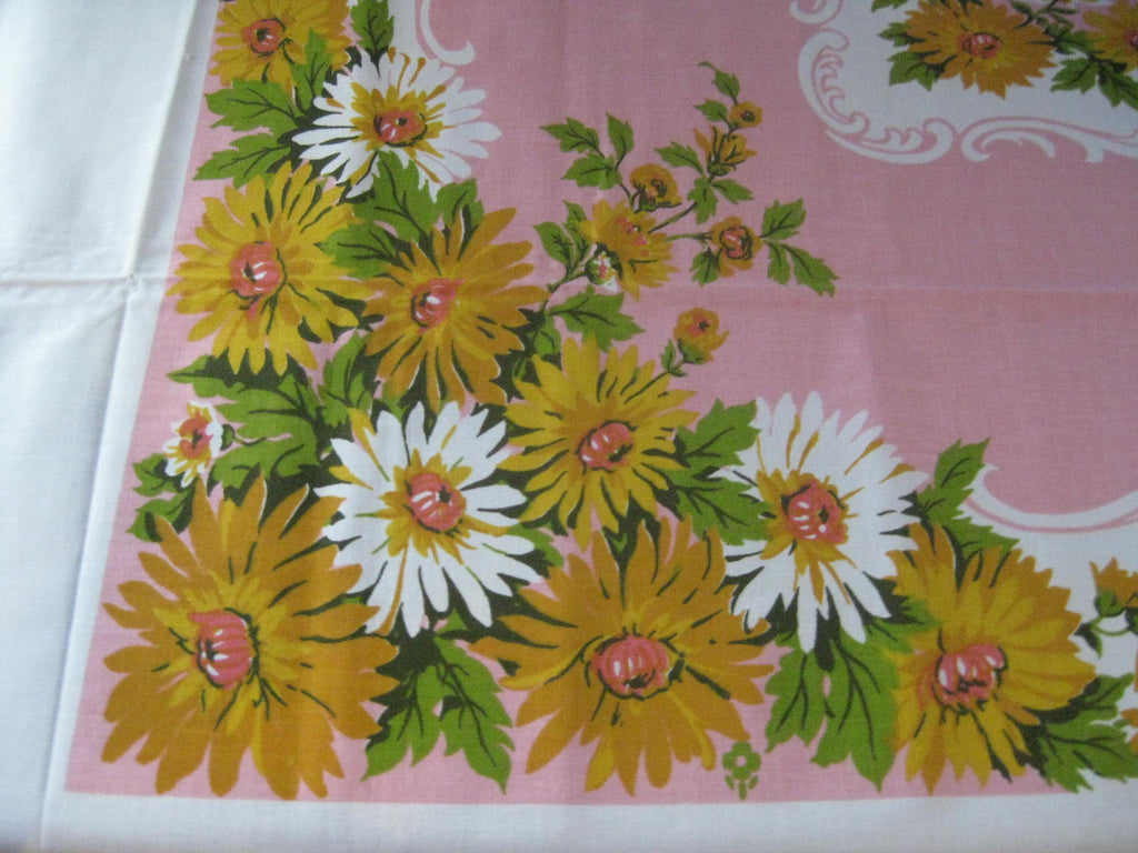 70s Gold White Daisies on Pink Floral MWT Vintage Printed Tablecloth (83 X 61)