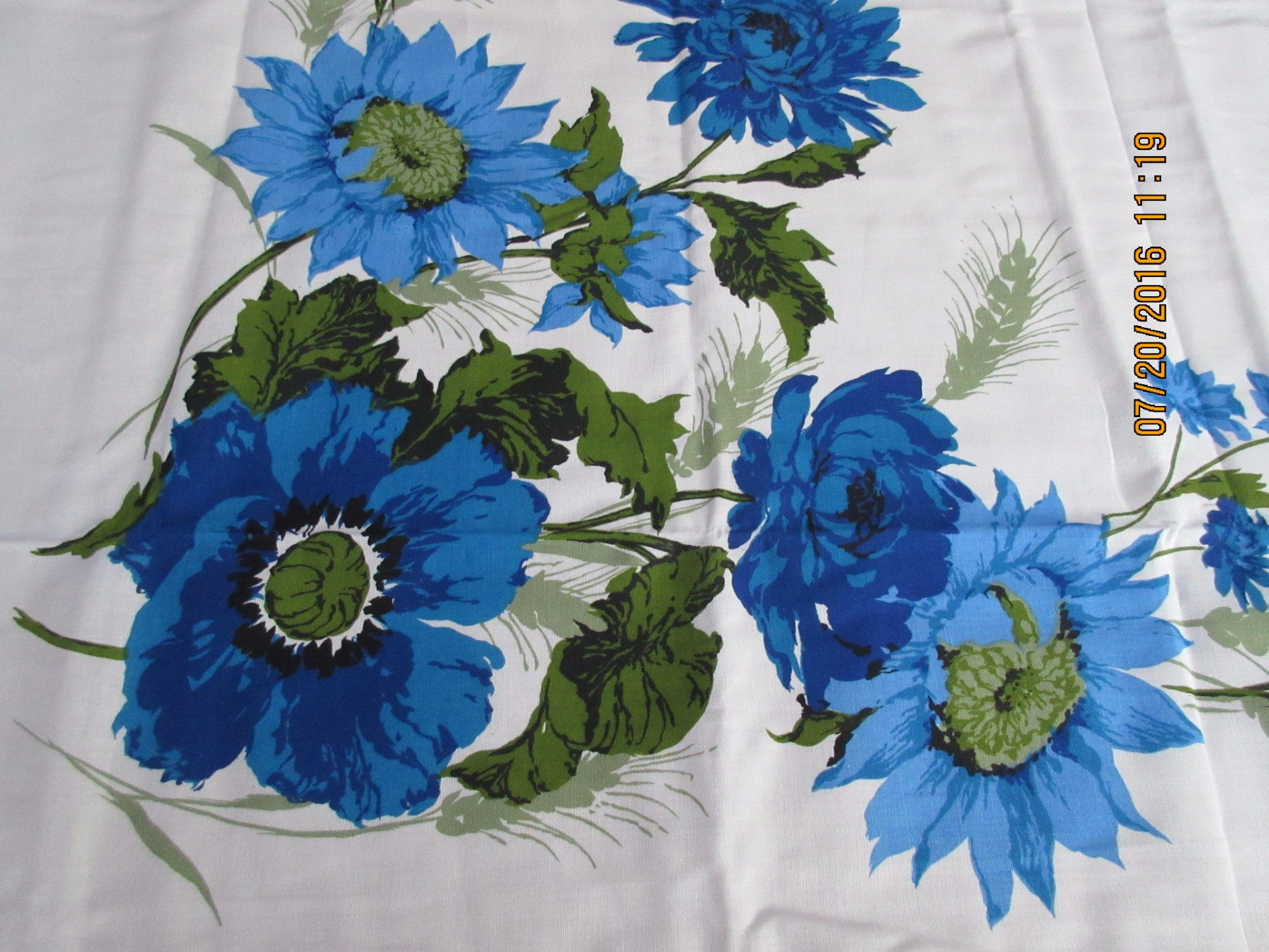 Large Blue Green Sunflowers 60s MWT Floral Vintage Printed Tablecloth (80 X 58)