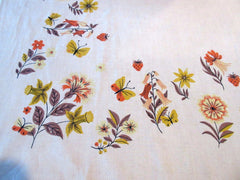 Fall Fantasy Flowers Linen Cutter? Floral Vintage Printed Tablecloth (48 X 48)