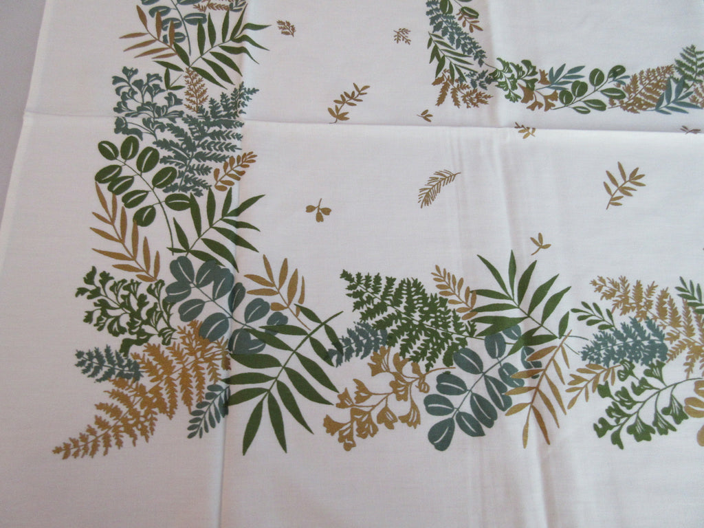 Gold Green Ferns Fall Foliage MWT Floral Vintage Printed Tablecloth (52 X 49)