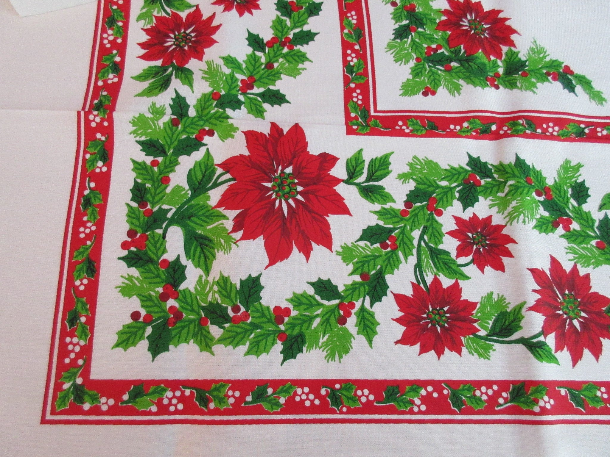 Large Red Green Poinsettias Holly Sunweave MWT Vintage Printed Tablecloth (86 X 61)
