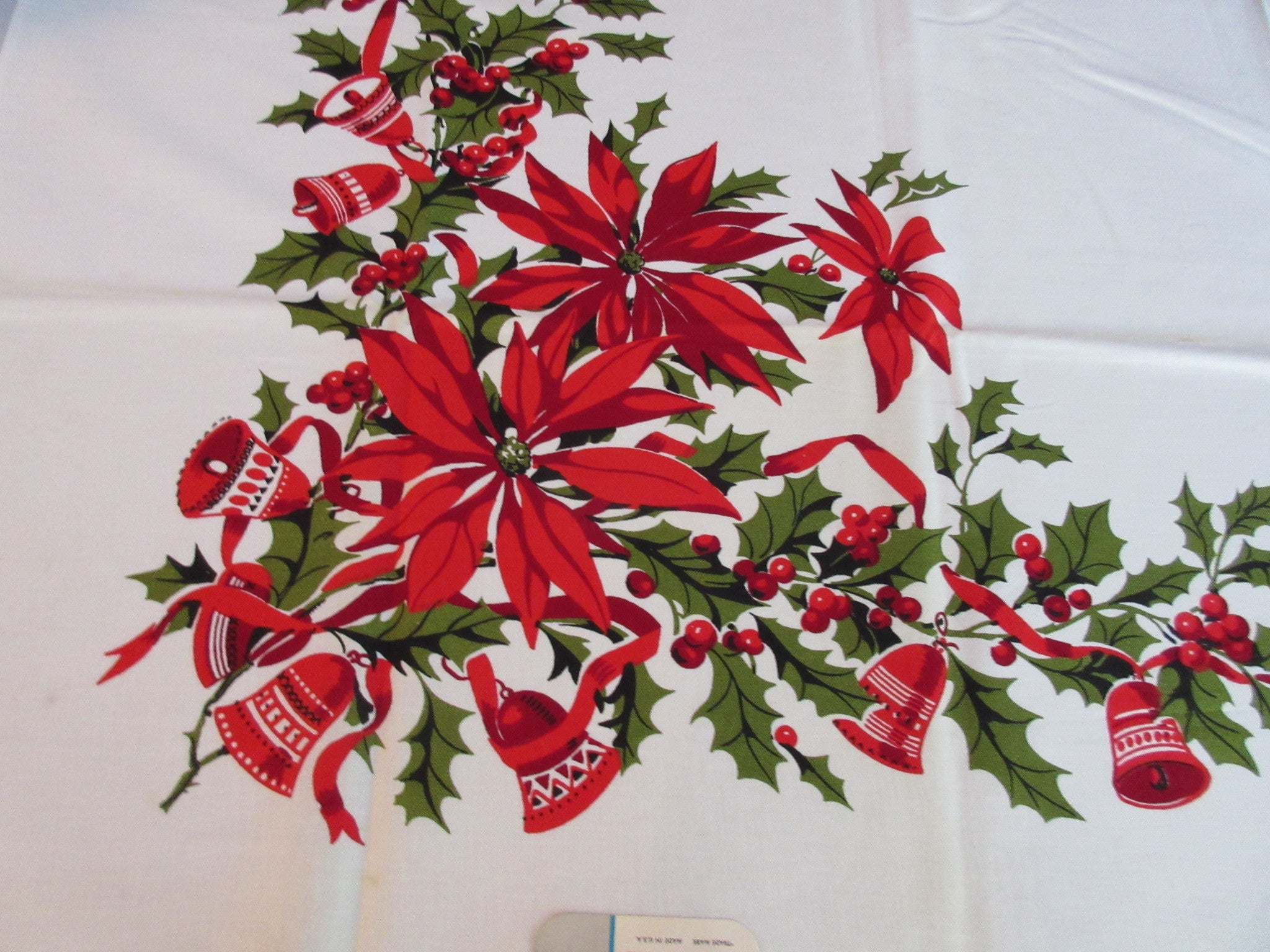 Wilendure Poinsettias Christmas MWT Vintage Printed Tablecloth (53 X 52)