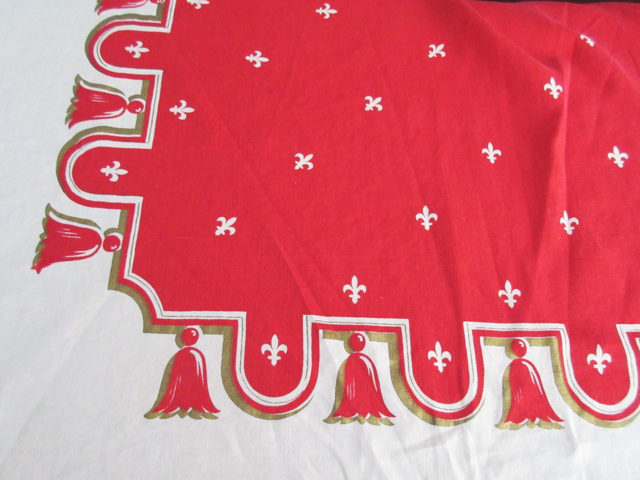 Giant Gold Fleur de Lis Tassels on Red Holiday Christmas Novelty Vintage Printed Tablecloth (99 X 61)