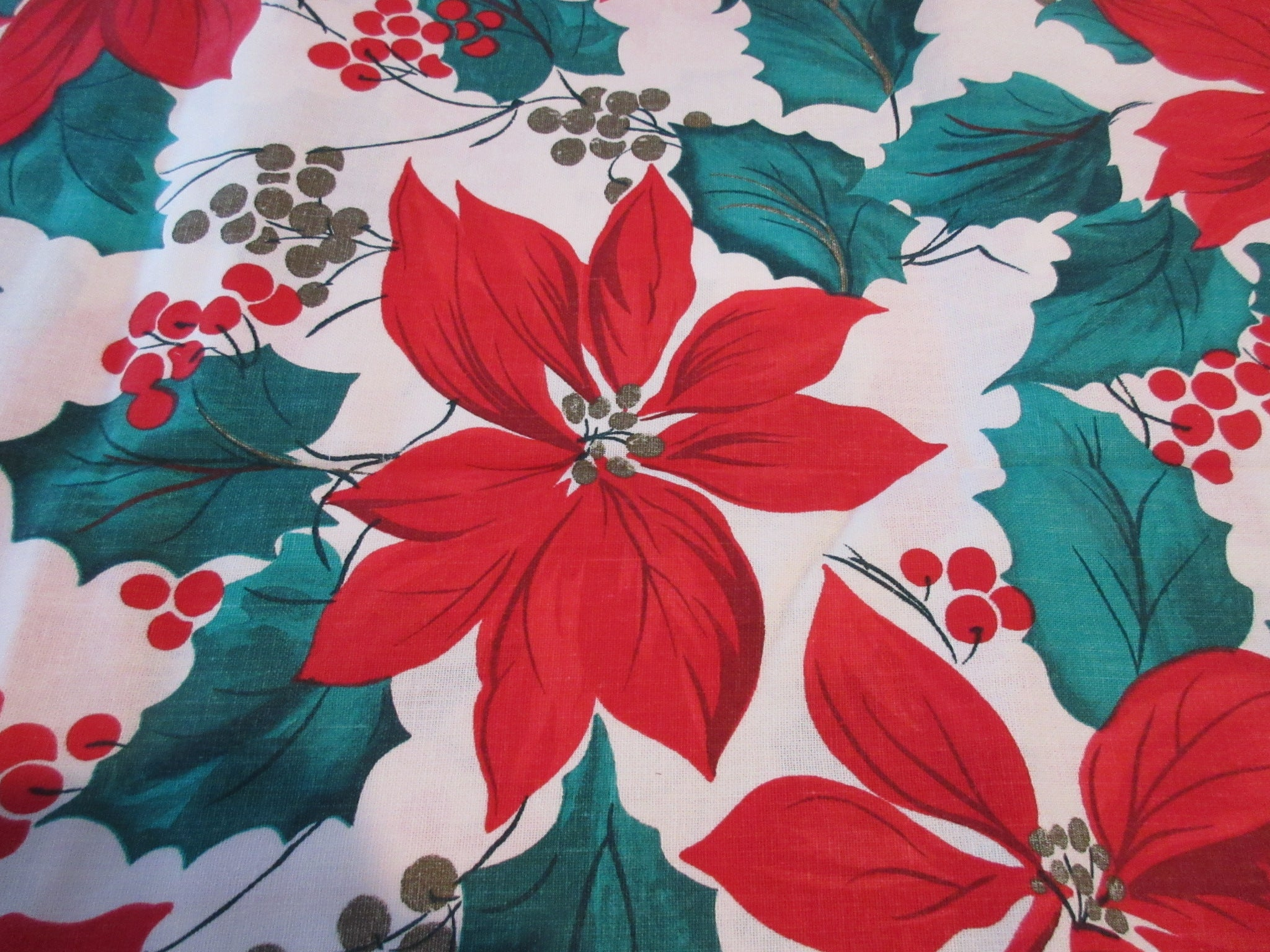 RECTANGLE 60x102 Vera Holly Poinsettia NOS Vintage Printed Tablecloth (100 X 59 actual)