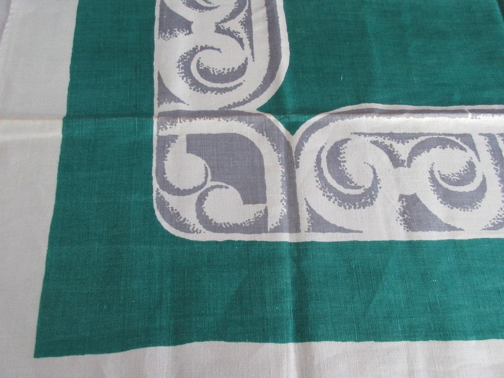 Gray Columns on Green Christmas MWT Napkins Novelty Vintage Printed Tablecloth (70 X 51)