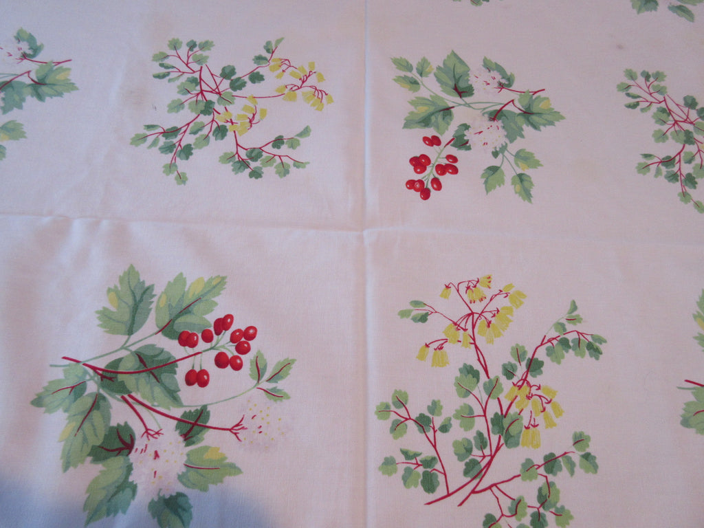Wilendur Red Berries Leaves Cutter Floral Vintage Printed Tablecloth (64 X 54)