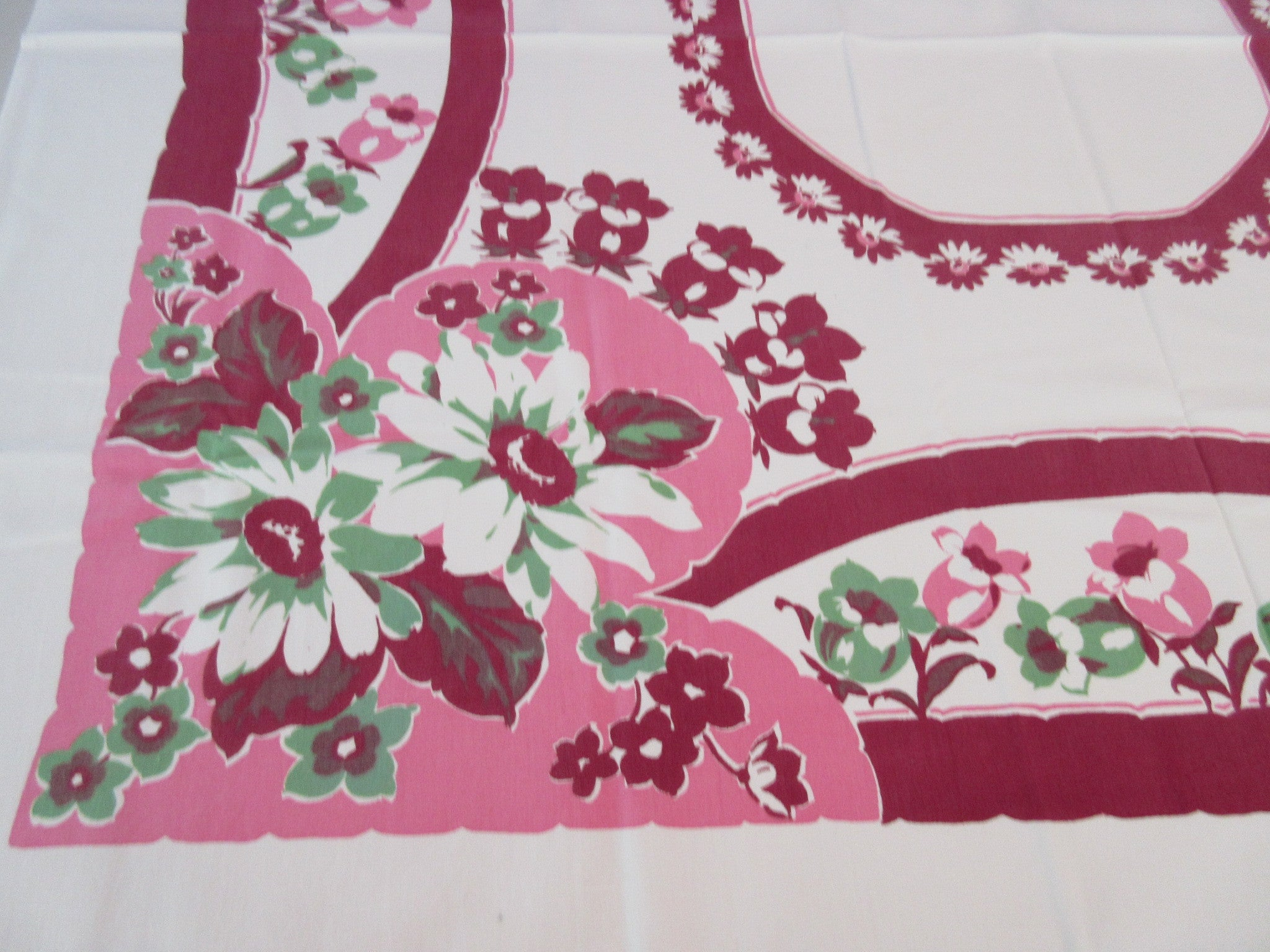 Shabby Magenta Green Daisies on Pink Floral Vintage Printed Tablecloth (51 X 45)